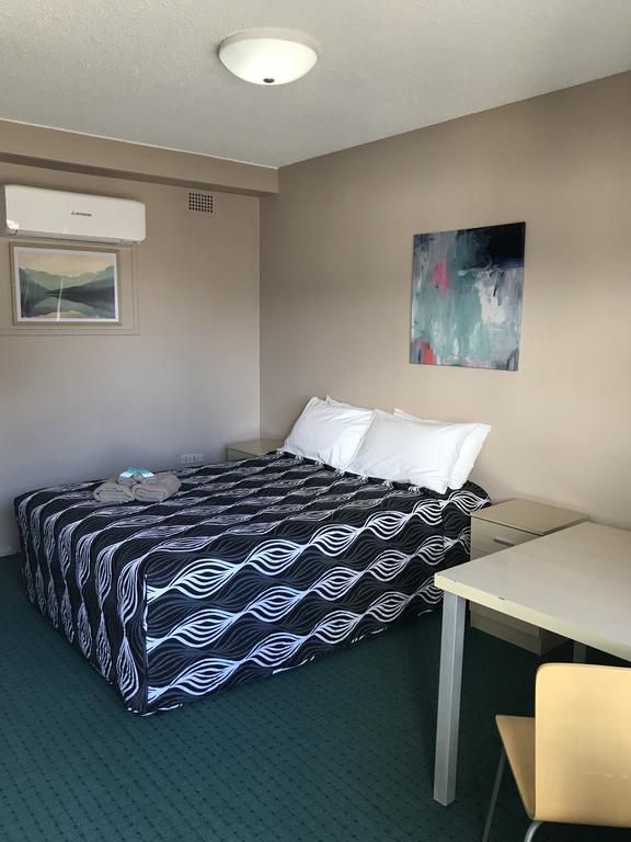 Manning River Motel - Carnarvon Accommodation