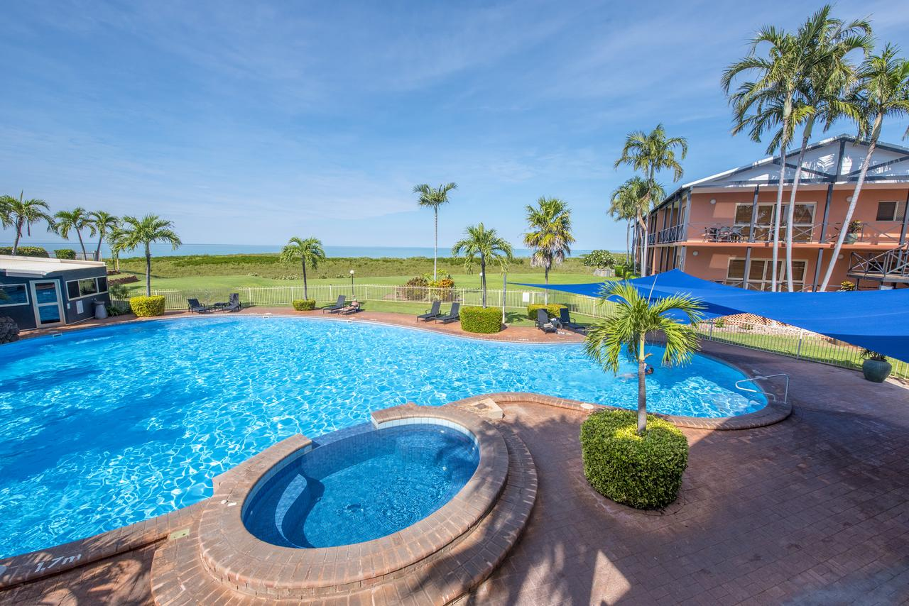 Moonlight Bay Suites - Carnarvon Accommodation