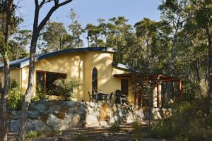 Aiyana Retreat - Carnarvon Accommodation
