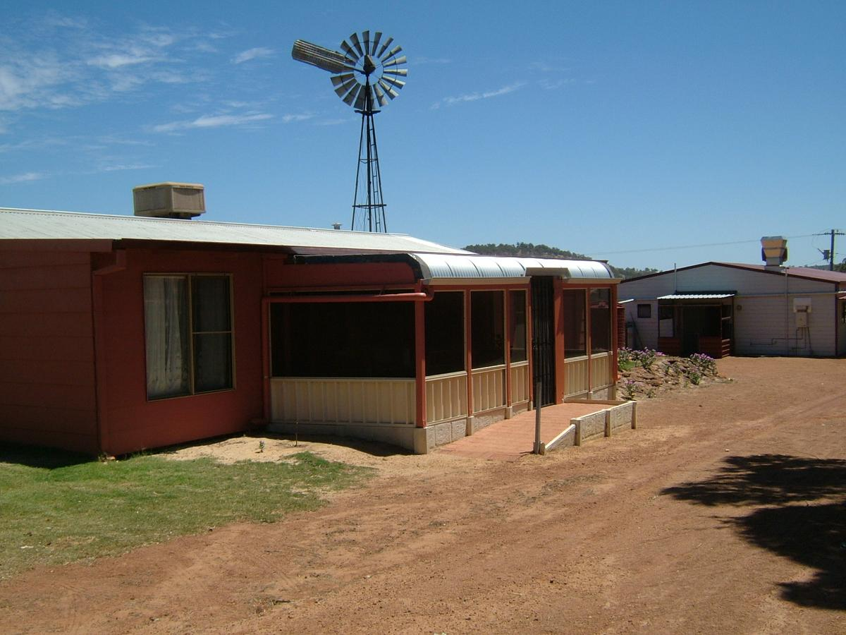 Bindoon's Windmill Farm - Carnarvon Accommodation