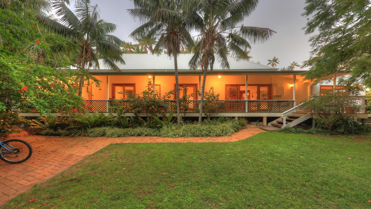 Beachcomber Lodge - Carnarvon Accommodation