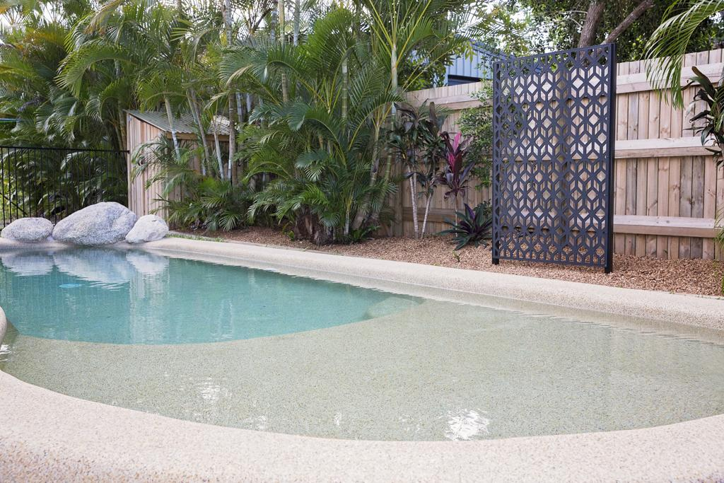 7 McNamara - Wongaling Beach - Carnarvon Accommodation